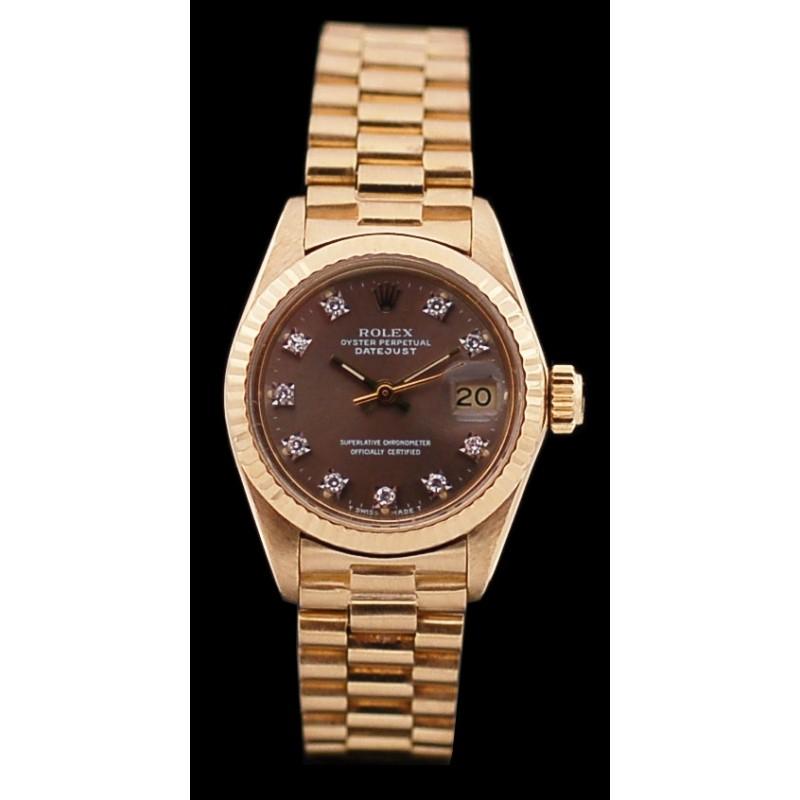 fbf392da5f4 Montre Rolex Lady Oyster Perpetual Datejust en or et diamants. Vendu