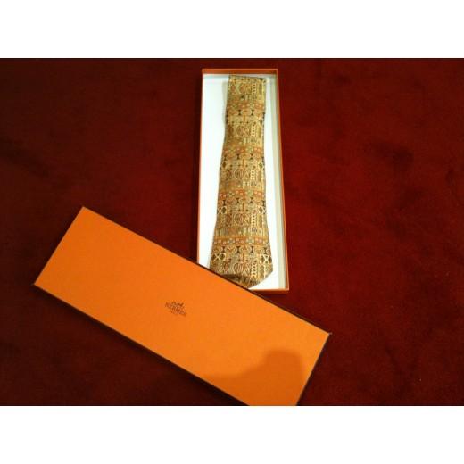 Cravate Hermès en soie