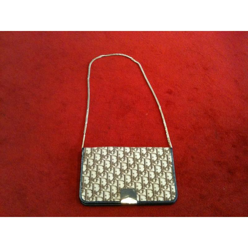 b1d58ca63cf2 Pochette Christian Dior Vintage marron. Vendu