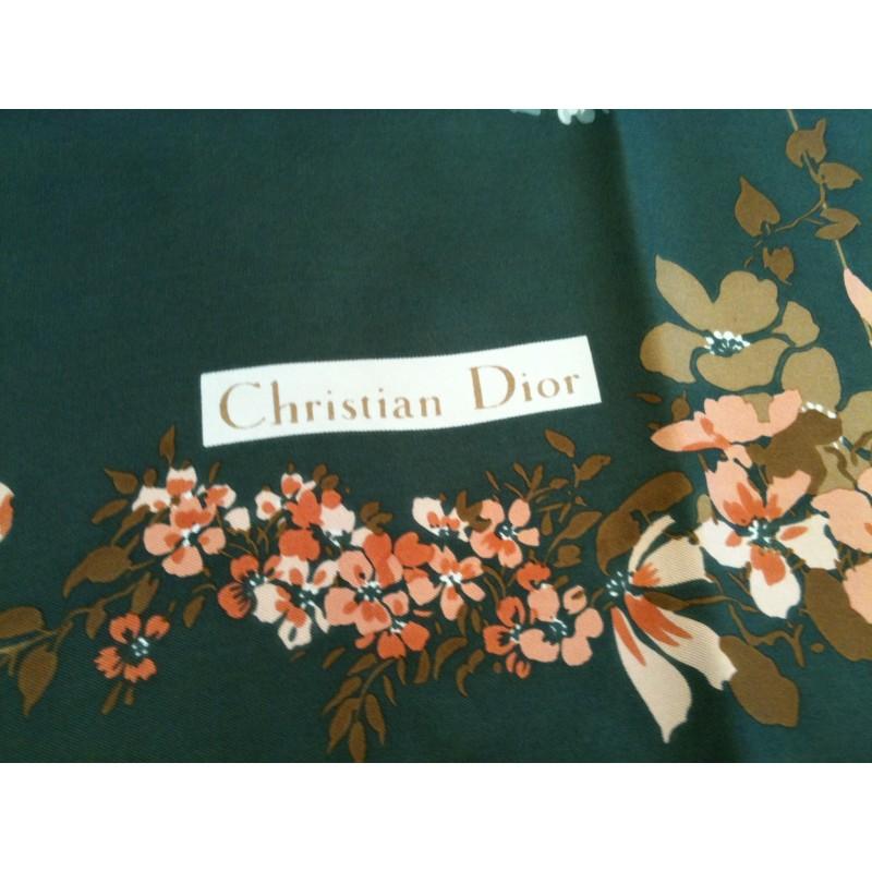 foulard dior fleurs en soie. Black Bedroom Furniture Sets. Home Design Ideas