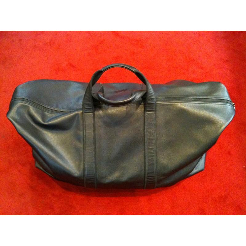 sac de voyage longchamp en cuir noir port main. Black Bedroom Furniture Sets. Home Design Ideas