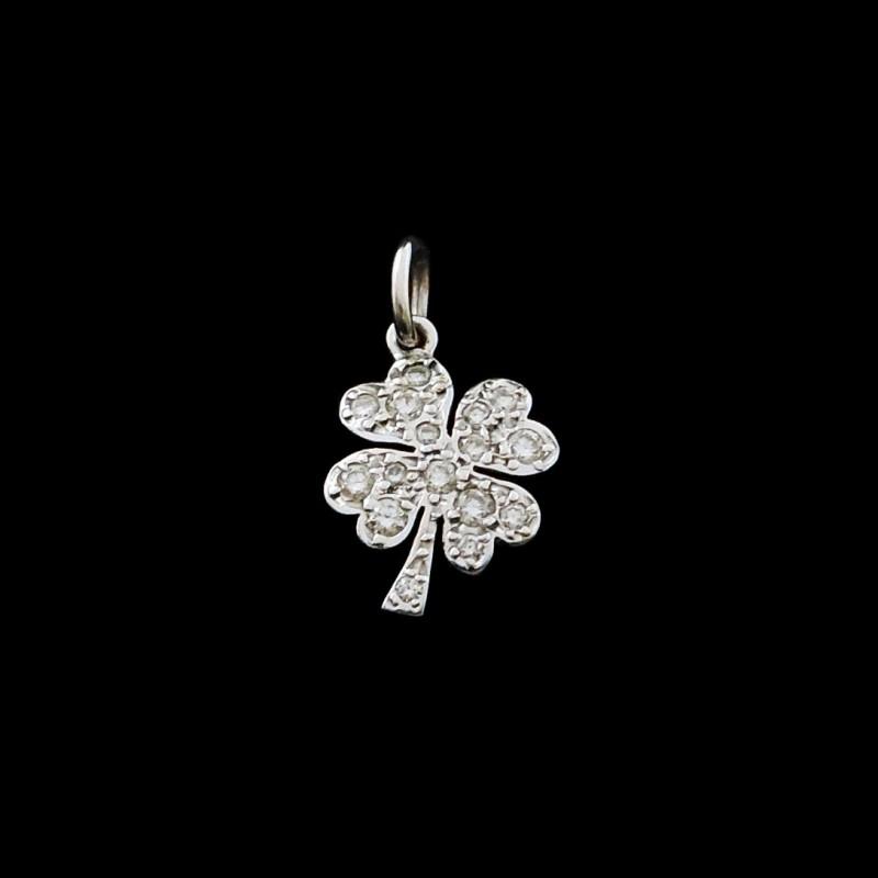 Pendentif Dodo Pomellato Trèfle à quatre feuilles Diamants 9c3746c0ff6