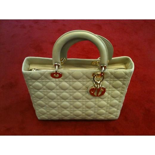 7f225f3766e9eb Sac Dior Lady Dior GM en agneau beige