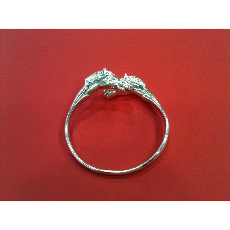 73c6955b2e04 Bracelet Hermès Double Tête de cheval en argent. Vendu