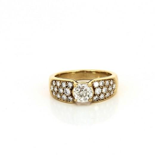 Bague en or jaune 18k et diamants