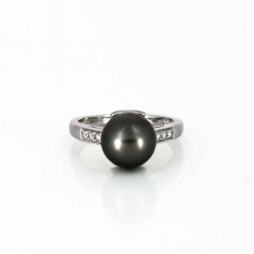 Bague Mauboussin perle de tahiti et diamant en or blanc 18 k