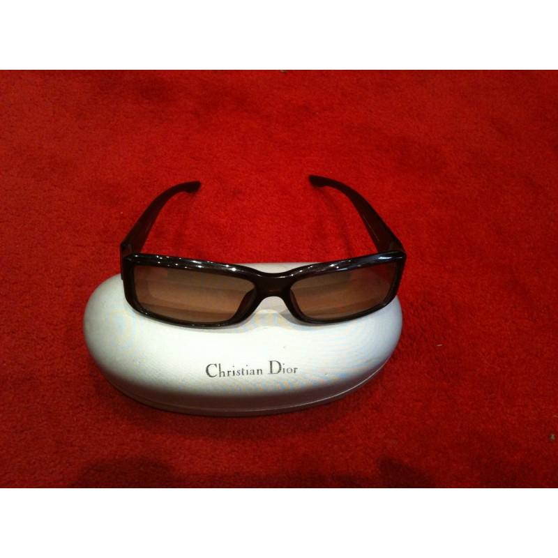 Lunette de soleil Dior. - Etat d  039 usage - ba1d96d6f2f2