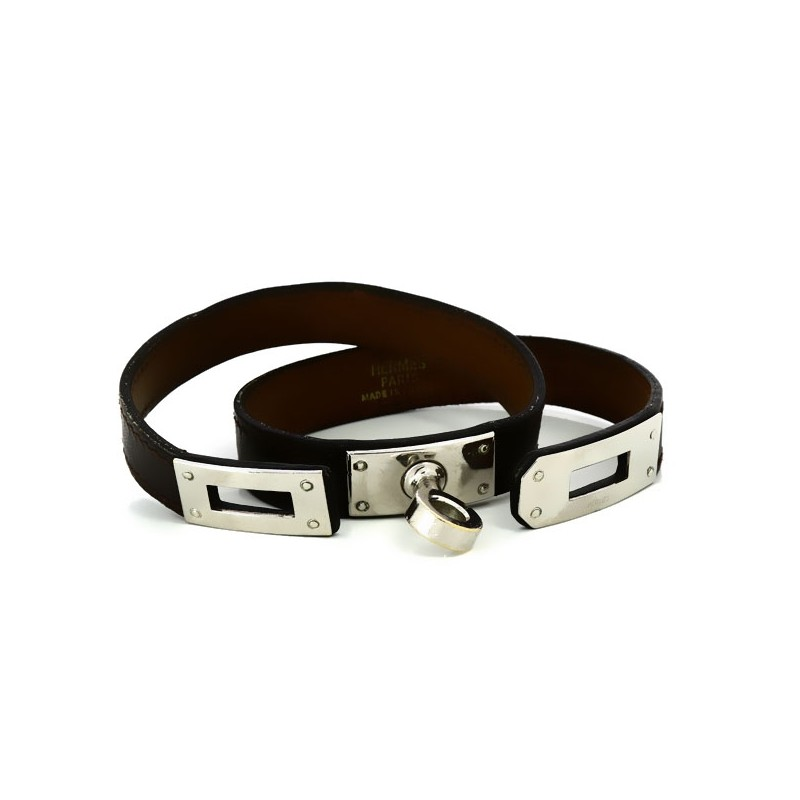 Bracelet Hermès Kelly en cuir chocolat. Vendu d84e297ed11