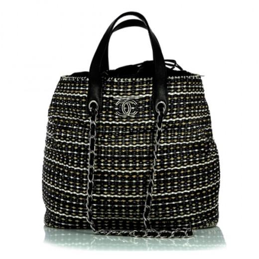 b678d7ac467b Sac Chanel cabas en tissu et en cuir noir