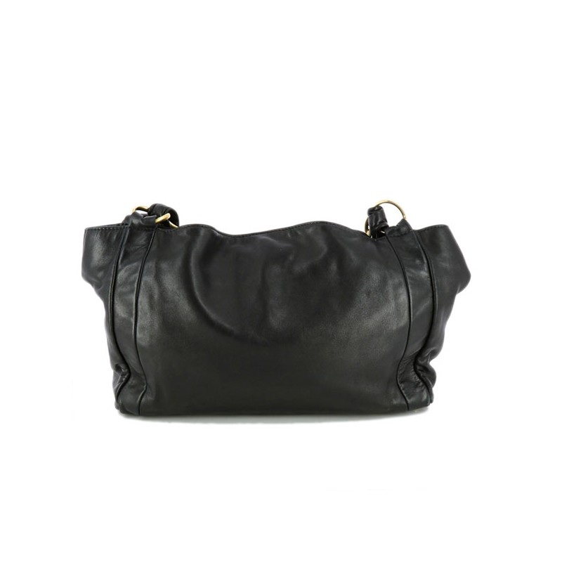 Sac Chanel en cuir noir 6a4f0a837d7