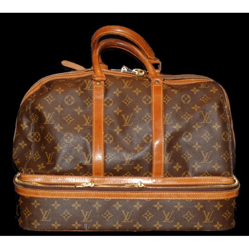 Sac Louis Vuitton de voyage avec compartiment à chaussures vendu ... 0fe70146df0