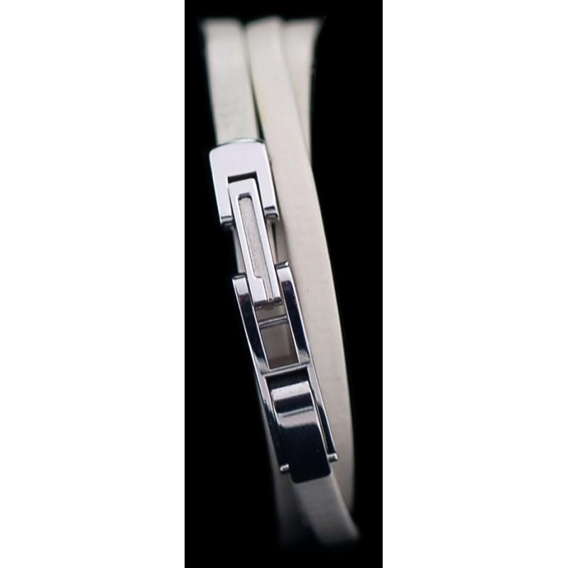 41d23e2fff2 Montre Gucci 6100L en acier