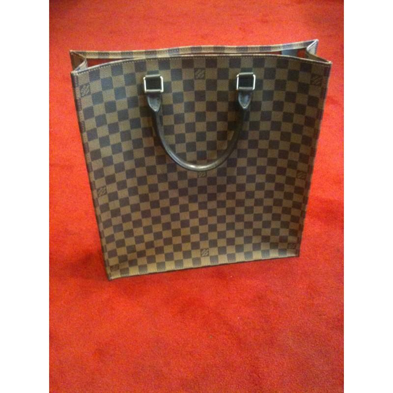 dff671805ee4 Sac Plat Louis Vuitton toile damier ébène